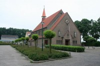 Bp10366-Langenboom-parochiekerk-H-Familie-.jpg
