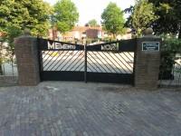 Bp04199-Blokzijl-BegraafplaatsMemento-Mori-slingerpad.jpg