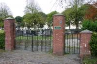 Bp01216-Beerta-algemene-begraafplaats-traces-of-war-.jpg