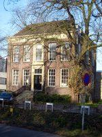 800px-Huis_Weizigt_-_Van_Baerleplantsoen_26_Dordrecht.jpg