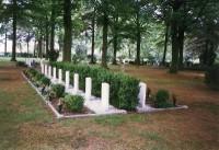 Bp05142-Epe-Begraafplaats-Tongerenseweg1.jpg