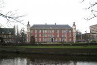 1280px-Breda_kasteel.jpg