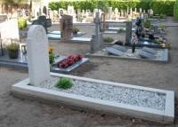 Bp11321-Blitterswijk-Rk-begraafplaats-Plein-5-traces-of-war.jpg
