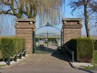 Bp07335-Oostknollendam_Bijzondere_begraafplaats.jpg
