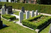 Bp02408-Witmarsum-Algemene-begraafplaats-Traces-of-war.jpg