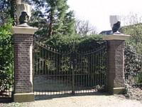 bp04045b-Zwolle-Joodse_begraafplaats_Kuyerhuislaan_Toegangshek11.jpg