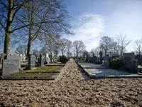 bp05045-Geselaar-kerkhof1.jpg