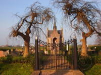 Bp04209-Kuinre-Hekwerk_naar_de_RK-.begraafplaats.jpg