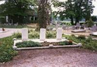 Bp04157-Wijhe-Begraafplaats-van-Wijk-kappeweg-traces-of-war.jpg