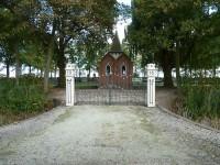 Bp01172Huizinge-begraafplaats-toegangshek.jpg
