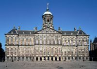 136.1.12.-Amsterdam-Koninklijk-Paleis-op-de-Dam-1-900x640.jpg