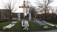 bp02057a-Joure-Rk-begraafplaats-calvarieberg2.jpg