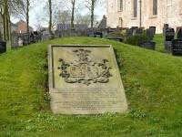 Bp02427-Oudkerk-Aldtsjerk-Grafheuvel-Van_Sminia.jpg