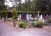 Bp11260-Grashoek-Rk-begraafplaats-Pastoor-Vullinghsstraat-traces-of-war.jpg