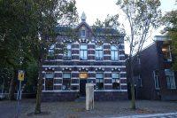Dorpsstraat_370,_frontaal,_Assendelft.jpg
