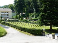 Bp11021-Velden-Algemene-begraafplaats-traces-of-war-2.jpg
