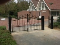 bg06082a-Rhenen-begraafplaats-larikshof1.jpg