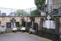 Bp11317-Schin-op-Geul-RK-begraafplaats-Kerkplein-traces-of-war-.jpg