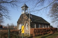 Bp02439-De_Hoeve-vm-Ned._Hervormde_Kerk.jpg